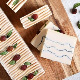 Lingonberry Spice Soap Project