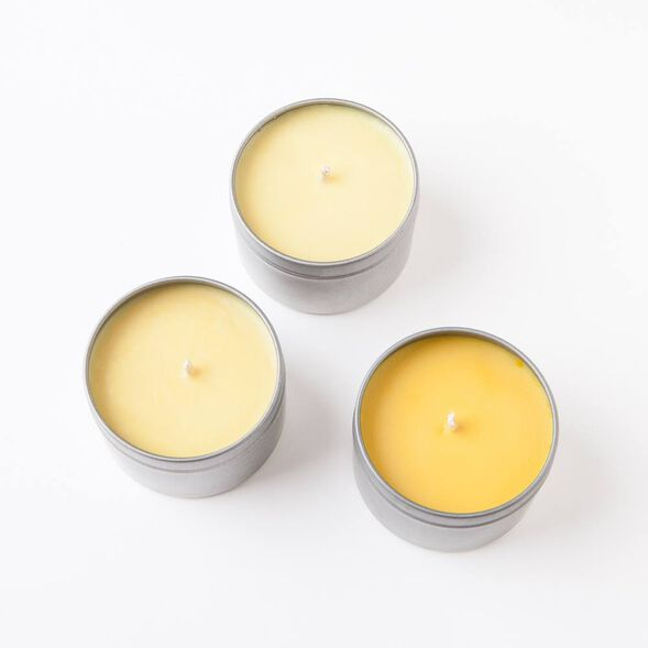 Golden Yellow Candle Dye Flakes
