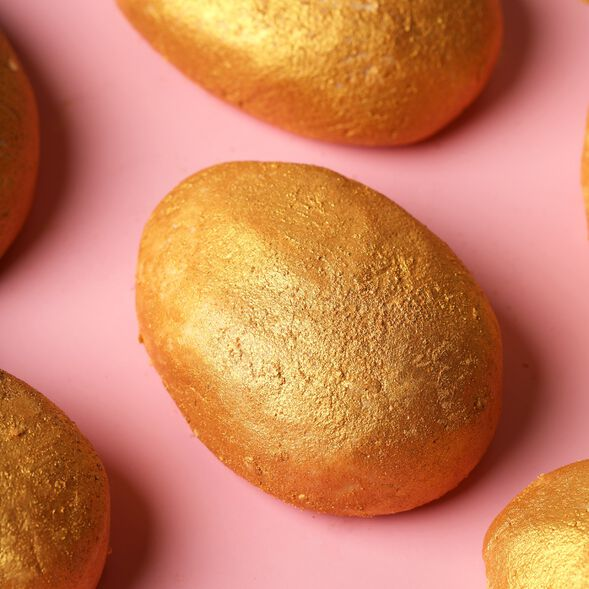 Golden Egg Bath Truffle Project