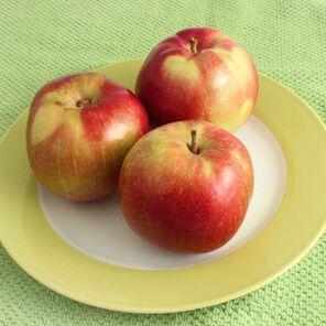 Apple Macintosh Candle & Soap Fragrance Oil - 1.75 oz