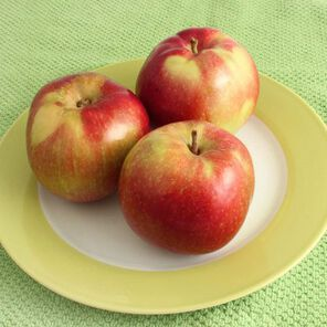 Apple Macintosh Candle and Soap Fragrance Oil - 1.75 oz
