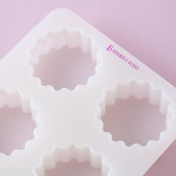 Silicone Scalloped Round Mold