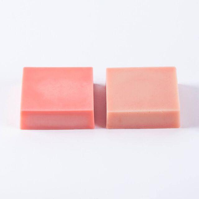 Melon Red Lab Color