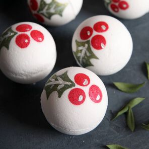Lingonberry Bath Bombs Project
