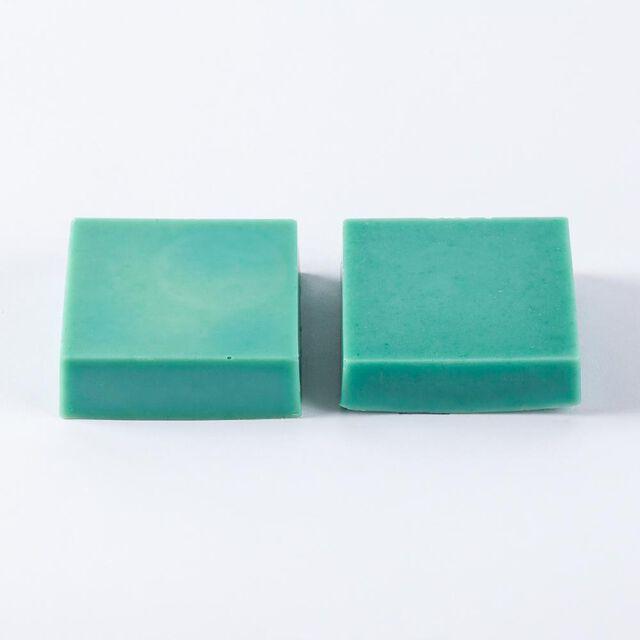 Emerald Lab Color