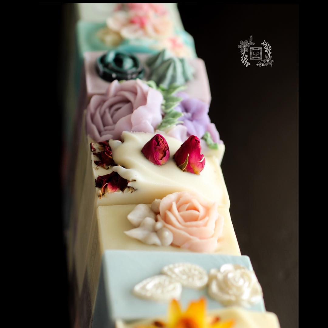 flower soap by l3o soaps