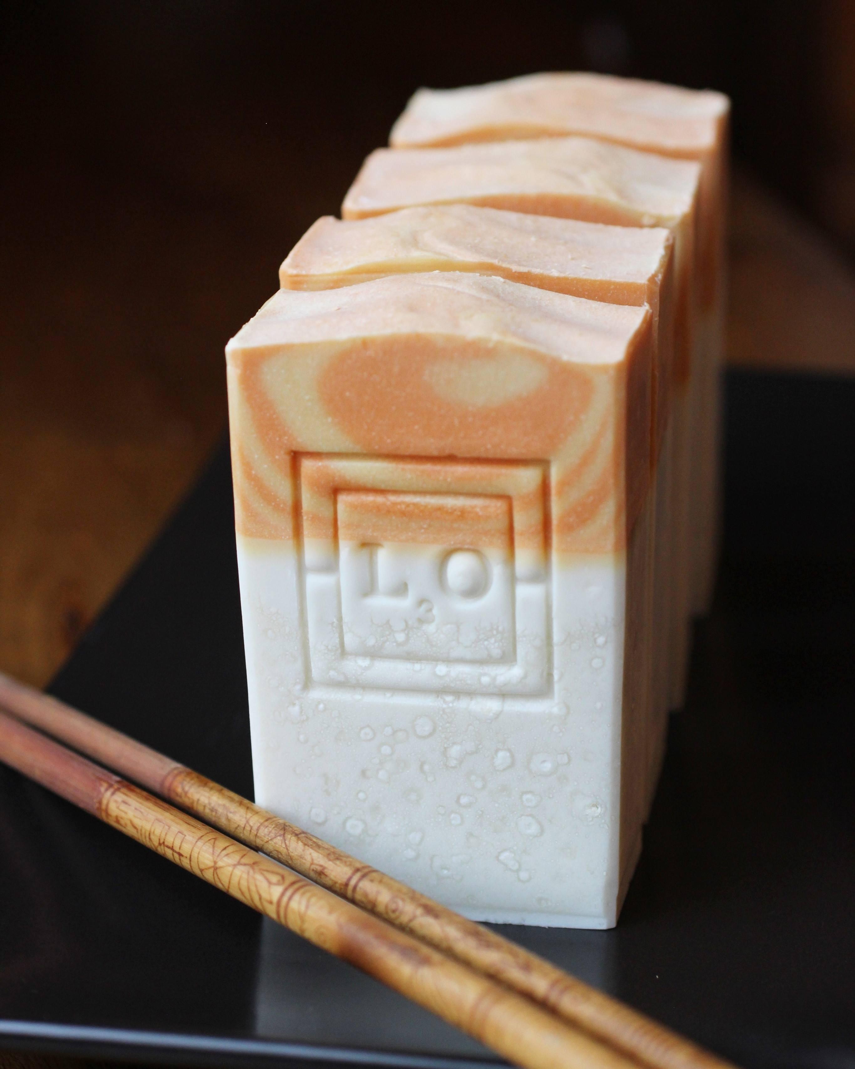 jasmine orange blossom nigiri soap by l3o soaps