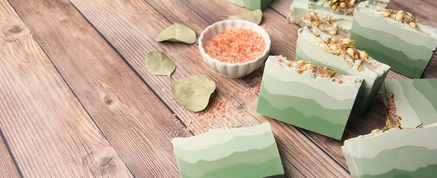 green ombre eucalyptus and cotton cold process soap project