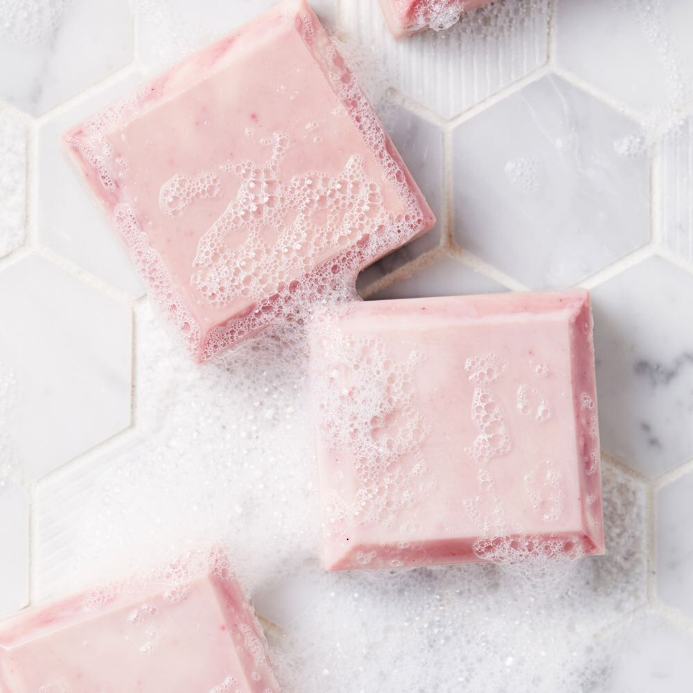 test soap lather with pH strips   bramble berry